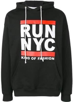 Les (Art)ists Run NYC print hoodie