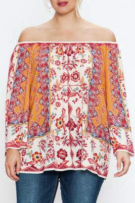 Flying Tomato Off-Shoulder Mixed Floral