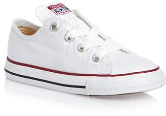 Converse Chuck Taylor Infants Toddler Ox Canvas Skateboarding Shoes (9, White)