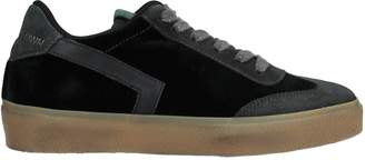 Leather Crown Low-tops & sneakers - Item 11526958PT