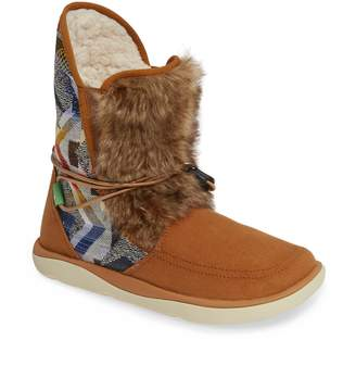 Sanuk Tripper Flurry Faux Fur Boot