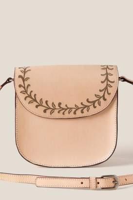 francesca's Itzel Leather Saddle Crossbody - Beige