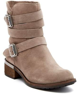 Vince Camuto Webey Midboot