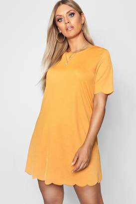 boohoo Plus Scallop Edge Shift Dress