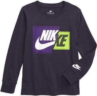 Nike Split Futura Patch Graphic T-Shirt