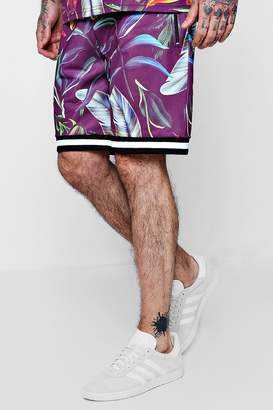 boohoo All Over Feather Print Mid Length Shorts