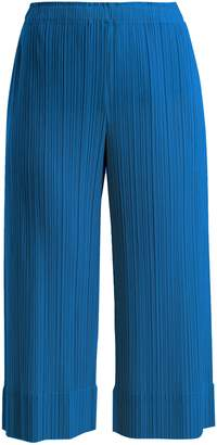 Pleats Please Issey Miyake Wide-leg pleated cropped trousers