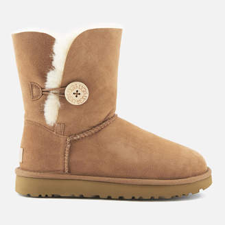 UGG Women's Bailey Button II Sheepskin Boots - Chestnut