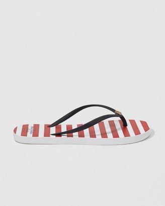 Striped Rubber Flip Flop $24 thestylecure.com