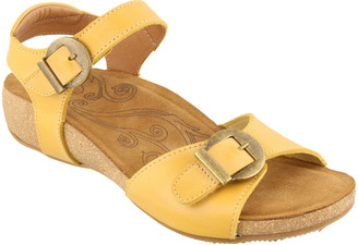 Taos Vera Wedge Sandal