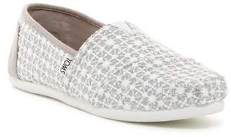 Toms Silver Lace Glimmer Slip-On Shoe (Little Kid & Big Kid)