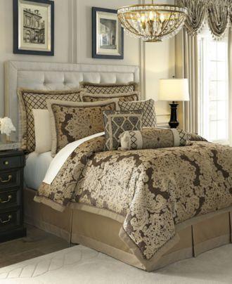 CroscillCroscill Sorina King Comforter Set