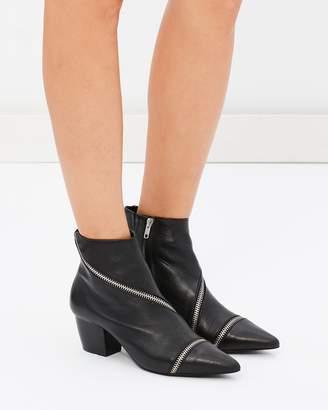 Sol Sana Diego Boots