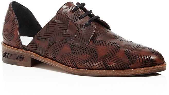 Freda Salvador Wit Etched Lace Up d'Orsay Oxfords