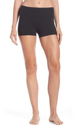 Alo Airbrush Shorts