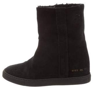 Common Projects Woman by Suede Round-Toe Boots