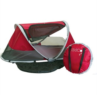 KidCo PEAPOD TRAVEL BED, CRANBERRY RED
