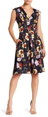 Gabby Skye Cap Sleeve Floral Print Dress