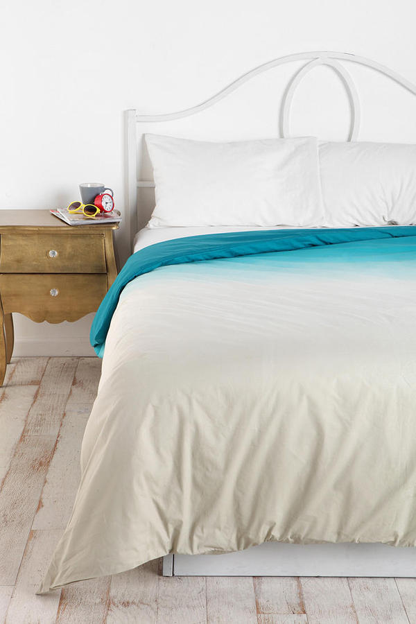 Urban Outfitters Magical Thinking Gradient Duvet Cover