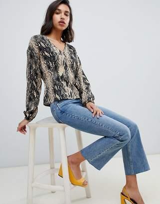 Vero Moda v neck snake blouse