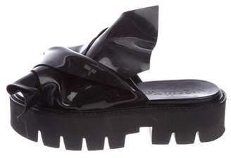 No.21 No. 21 Patent Leather Slide Sandals