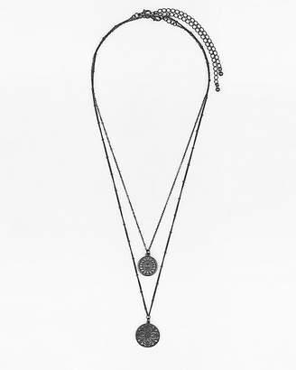 Le Château Set of Two Filigree Pendant Necklaces