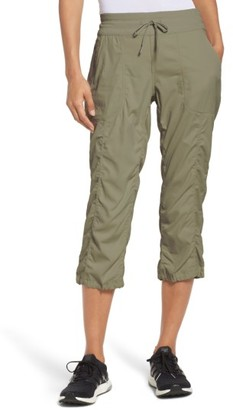 Women's The North Face Aphrodite 2.0 Capri Pants $50 thestylecure.com