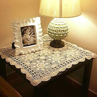 BEIGE yazi Tablecloths Crochet Square Table Cover Lace Table Covering Doilies for Furniture Décor Color 15.7inch