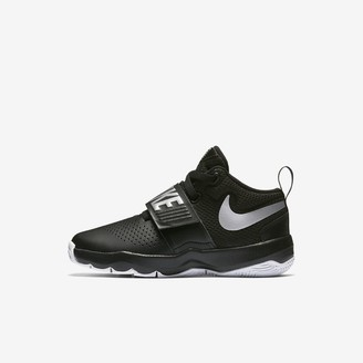 Nike Little Kids' Basketball Shoe Team Hustle D 8