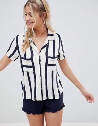 Chelsea Peers stripe pyjama short set