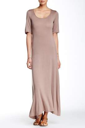 24\u002F7 Comfort Scoop Neck Maxi Dress (Plus Size Available)