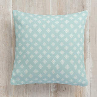 Simple Daisy Self-Launch Square Pillows