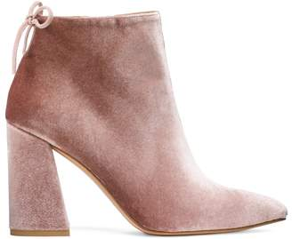 Stuart Weitzman THE GRANDY BOOTIE