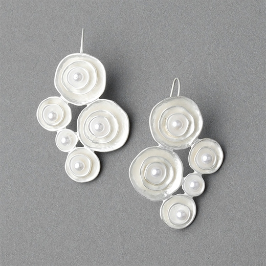 Ccc Circle Earrings With Pearls