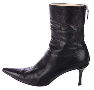 a61e07ee1f Gucci Black Pointed Toe Women's Boots - ShopStyle