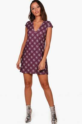 boohoo Geo Print Cap Sleeve Shift Dress