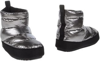 MARC BY MARC JACOBS Ankle boots $197 thestylecure.com