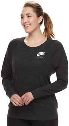 Nike Plus Size Vintage Crewneck Long Sleeve Top