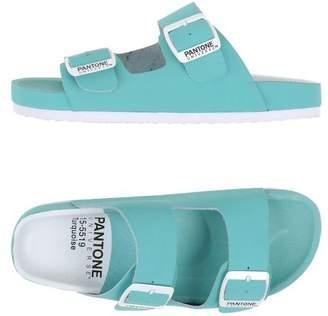 Pantone UNIVERSE FOOTWEAR Sandals