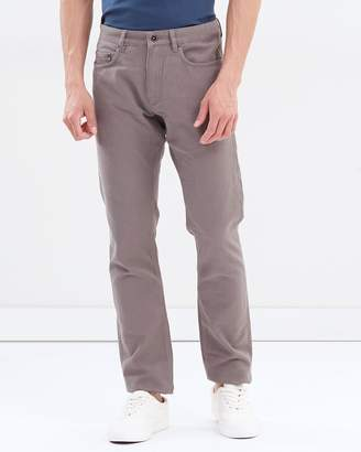 Motion Straight Jeans
