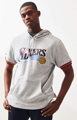 Mitchell & Ness 76ers Short Sleeve Pullover Hoodie