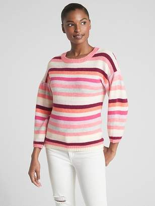 Gap Pattern Crop Pullover Sweater