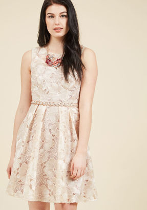 ModCloth Applause of Nature Lace Dress in 14 $175 thestylecure.com