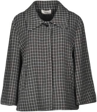 Suoli Coats