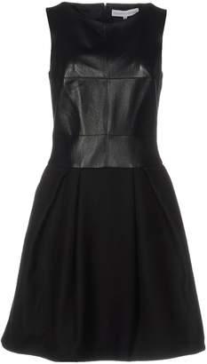 Amaya Arzuaga AA de Short dresses