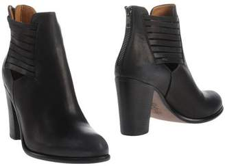 Sucre Ankle boots