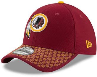 New Era Boys' Washington Redskins 2017 Official Sideline 39THIRTY Cap