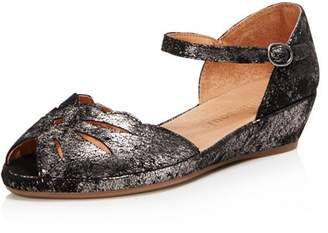 Kenneth Cole Gentle Souls by Gentle Souls Women's Lily Moon Leather Wedge Flats