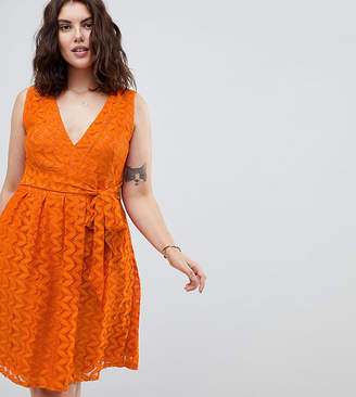 Yumi Plus Lace Midi Dress