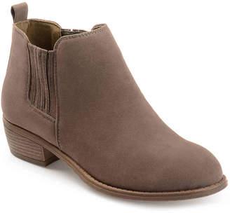 Journee Collection Ramsey Chelsea Boot - Women's